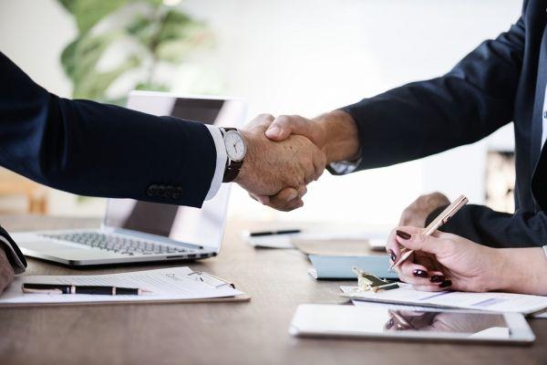 Pourquoi choisir le mandat exclusif pour vendre votre bien ?
